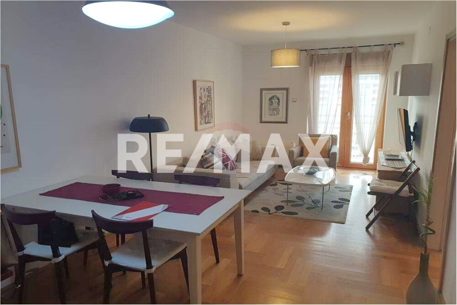 One bedroom apartment for rent, €450, Maxim building